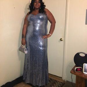 Light blue silver sequins dreas